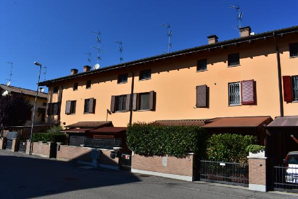 100 Case Agenzia Immobiliare Cento Ferrara